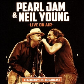 PEARL JAM  - LIVE ON AIR